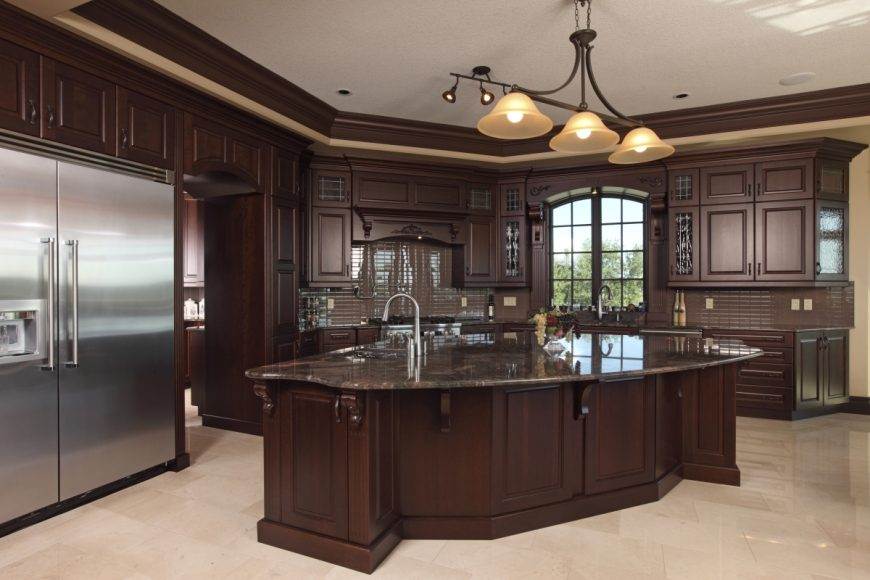 Traditional Kitchen Design In Solid Maple Espresso Colour