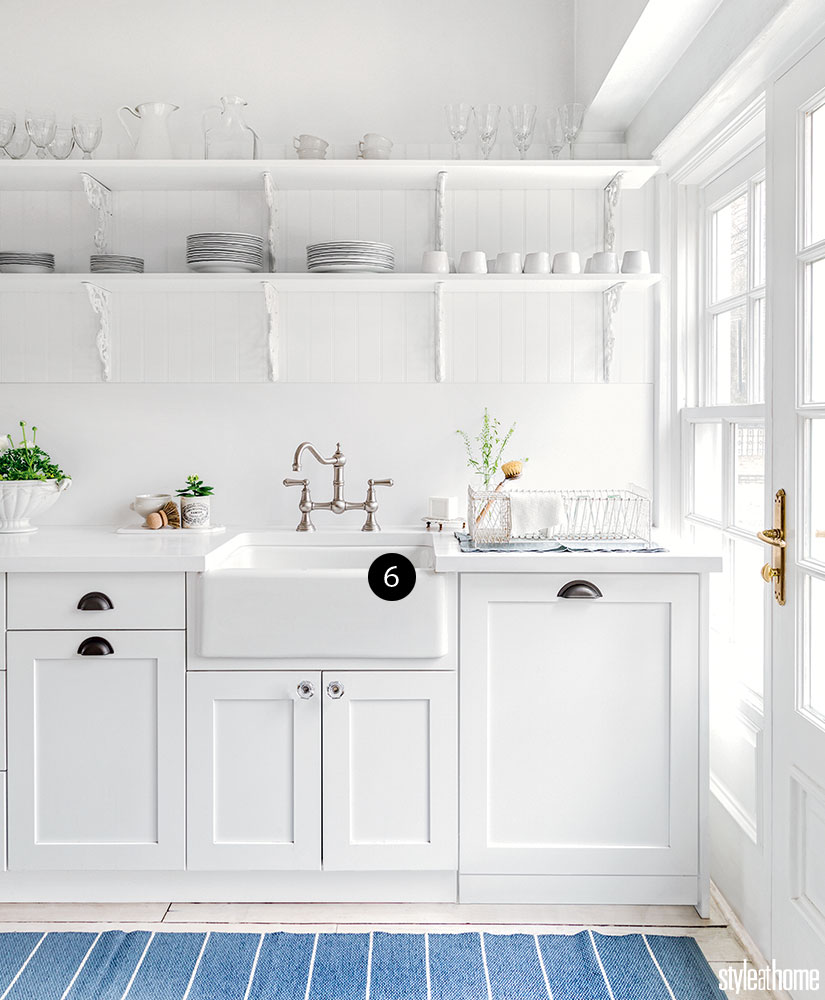 White Heritage Kitchen Designed By Kitchen Land Kitchen